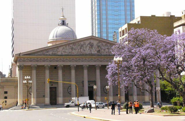Roteiros relacionados ao Papa Francisco atraem turistas à Buenos Aires