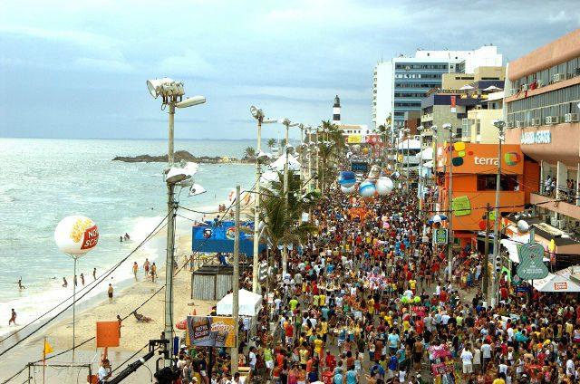 Carnaval gera incremento de R$ 840 milhões na economia de Salvador