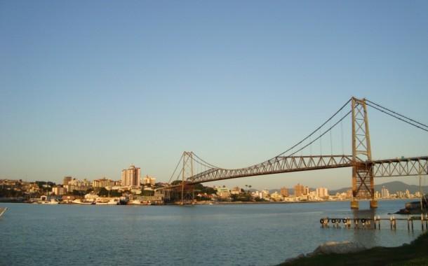 Florianópolis melhora estrutura para atrair mais turistas