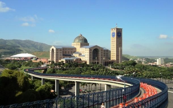 FBHA promove seminário de turismo religioso