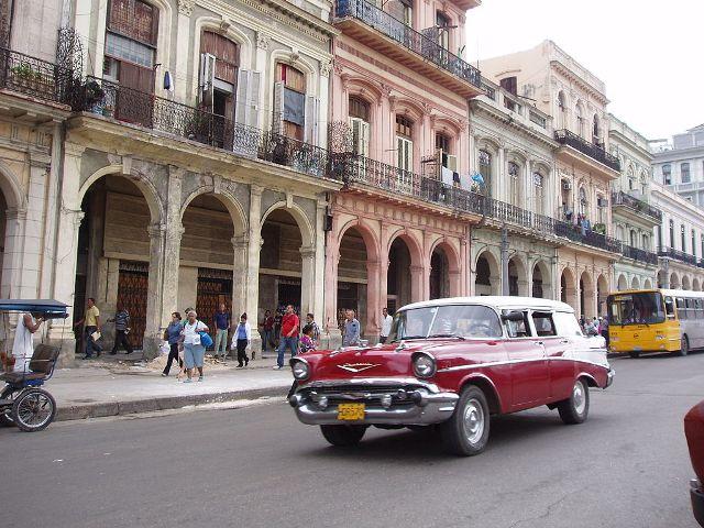 Airbnb oferece estadias de graça em Cuba