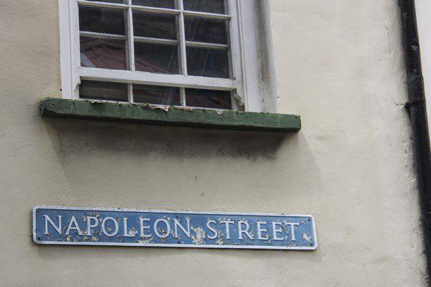 Napoleon Street, rua em homenagem a Napoleão na ilha de Santa Helena (Foto: Jean Liou/AFP)