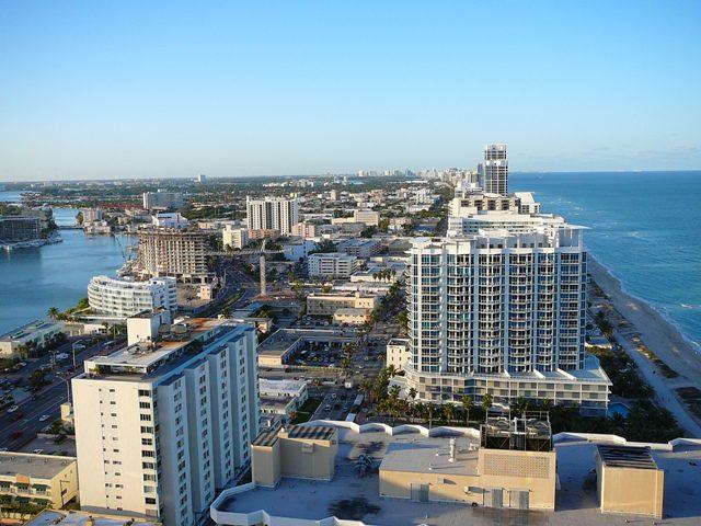 Hotel em Miami presenteia seus hóspedes com US$ 100 por noite