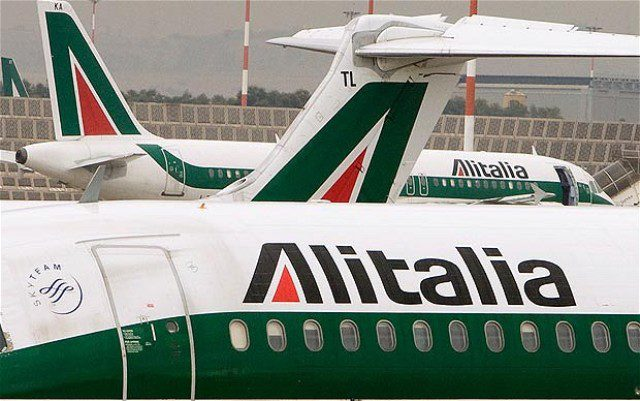 Greve de controladores obriga cancelamento de voos na Itália