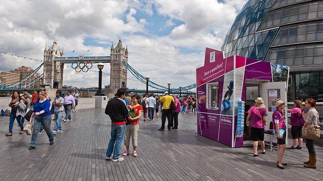 Recorde: Grã-Bretanha recebeu  293 mil brasileiros em 2014