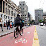 Novo site traz opções de roteiros turísticos usando a bicicleta na capital