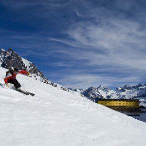 Destaque da estação Ski Portillo no sul do Chile. (Crédito: divulgação)