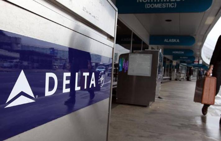 Delta lança métricas de desempenho para conectar viagens a clientes corporativos