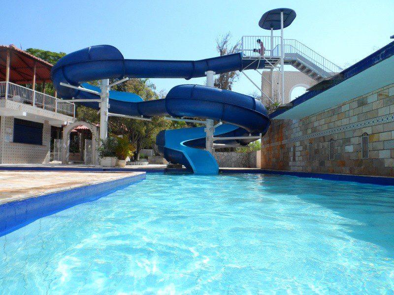 O empreendimento tem o maior parque aquático da região. (Foto: divulgação)