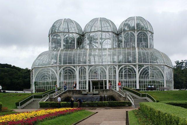 Norte-americanos lideram ranking de turistas que visitam Curitiba, segundo pesquisa