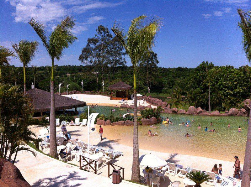 Praia termal inaugurada em dezembro de 2014 no Mabu Thermas Grand Resort. Em julho deste ano, empreendimento recebeu 25 mil hóspedes, comprovando a opção dos brasileiros por destinos nacionais, em razão da alta do dólar