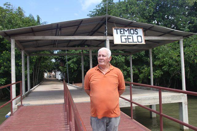 """Chegada da fábrica de gelo tem melhorado muito a qualidade de vida das pessoas"""", explica Cesar Nogueira, presidente da cooperativa de agricultores e de pescadores de Cotijuba (Foto: DT)"""