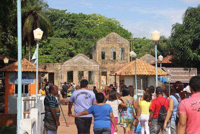 Na chegada a Cotijuba o visitante observa as ruínas do antigo educandário e depois presídio (Foto: DT)