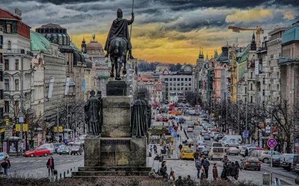 Praga é a quinta cidade mais visitada da Europa, segundo pesquisa