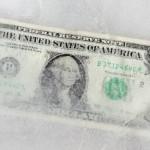 """Com queda do dólar, CVC """"congela"""" moeda americana em R$ 2,99"""