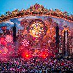 Milhares de pessoas lotam o primeiro dia do Tomorrowland Brasil