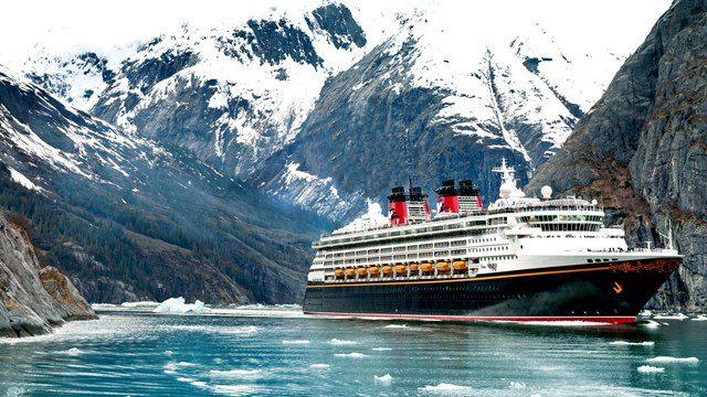 Pela primeira vez, a Disney Cruise Line levará seus passageiros ao Icy Strait Point e à Geleira Hubbard, no Alasca (Foto: divulgação)