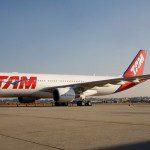 Fluxo do transporte aéreo volta a cair em março, recuando 7,3%, diz ABEAR