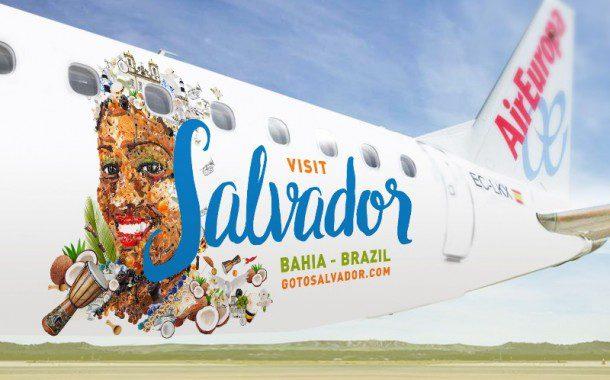 Air Europa apresenta aeronave com cores de Salvador