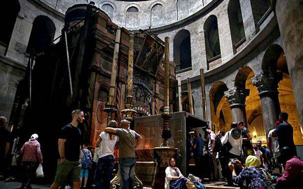 Israel inicia restauração do túmulo de Cristo, na Igreja do Santo Sepulcro