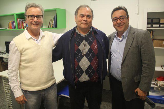 Carlos Alberto, entre Paulo Atzingen (jornalista e editor do DT) e Luiz Henrique Miranda (diretor da Amigo - comunicação)
