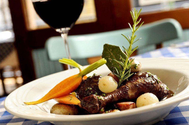 Jantar Romântico também aparece entre os preferidos pelos namorados (Foto: divulgação/Tadeu Bruneli)