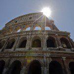 Coliseu de Roma volta a brilhar em todo o seu esplendor