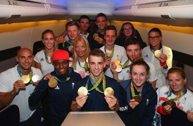 VictoRIOus, aeronave da British Airways batizada para homenagear os atletas que garantiram o segundo lugar no ranking das medalhas de ouro (Fotos: divulgação)