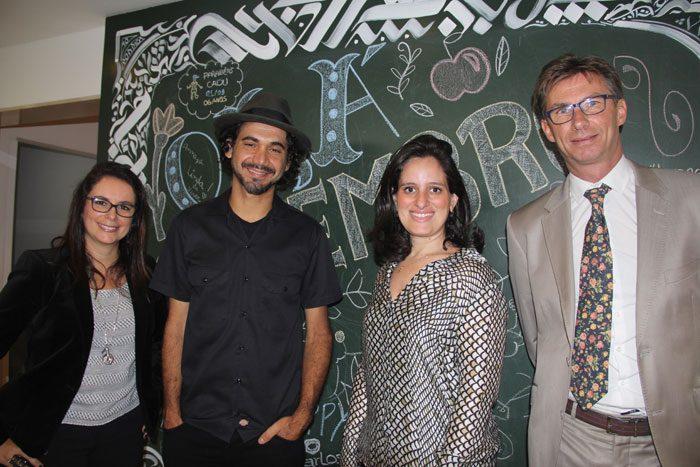 Antonietta VArlese (VP de Marketing Corporativo), Kobra, Roberta Vernália (VP marketing América do Sul) e Franck Pruvost (diretor das marcas Ibis)