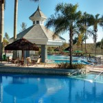 Mavsa Resort inaugura bar molhado