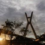 Ponte Estaiada, em São Paulo, recebe nova iluminação