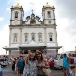 Lavagem do Bonfim reúne turistas e baianos em cortejo de fé