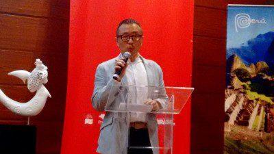 Bruno Assami, diretor executivo do Unives Cultural, dando as boas-vindas aos participantes. (Foto: DIÁRIO)