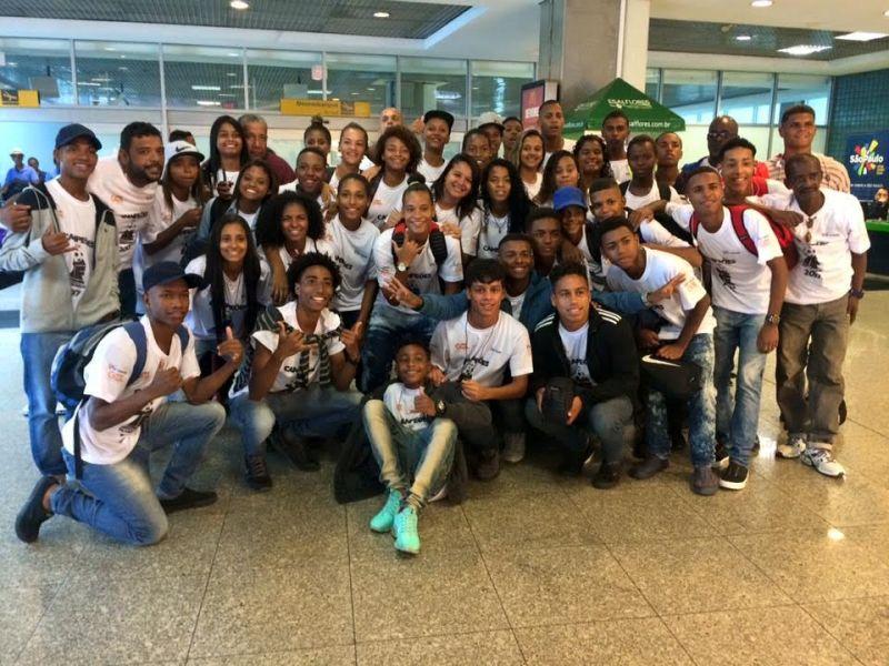 Os campeões ganharam uma vaigem para conhecerem o Centro de Treinamento do São Paulo e assistir ao jogo São Paulo x Corinthians (Foto: Divulgação)