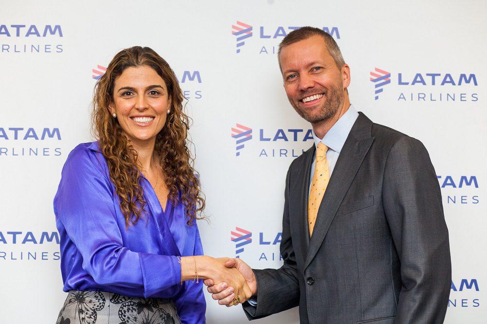 Claudia Sender e Jerome Cadier, da LATAM, mudam de funções em 2017