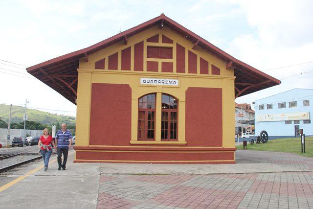 Estação Central de Guararema, totalmente restaurada e guardadas as características originais (Foto: DT)