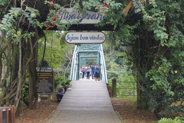 A Ilha Grande é uma extensão verde da cidade e se chega a ela por uma passarela muito bem cuidada (Foto: DT)
