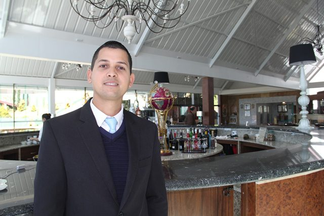 "Washington Pereira Domingues, gerente do Hotel Dan Inn: ""aqui era uma fábrica de carvão"""