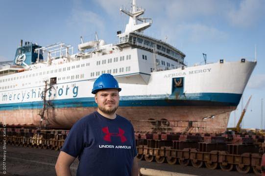 Grupo Costa embarca primeiro voluntário do navio-hospital Africa Mercy