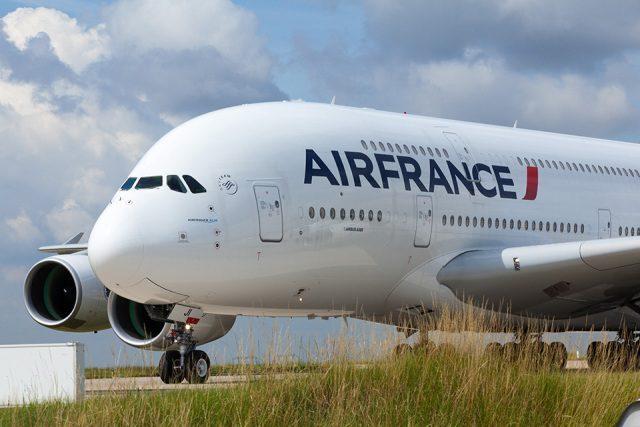 Air France e Booking.com firmam nova parceria