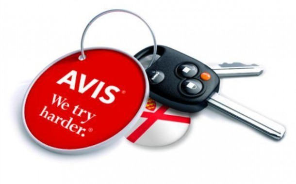 Avis oferece promoção nas tarifas e horas adicionais gratuitas para as férias