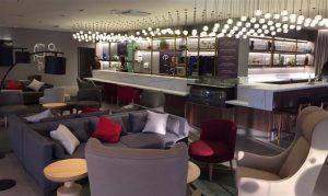 O Gourmet Bar, com estilo contemporâneo, busca identidade com o hóspede executivo do Novotel