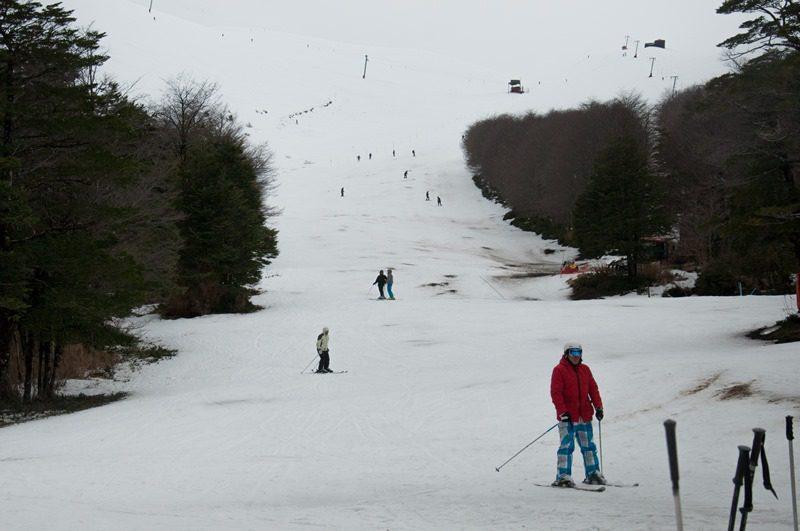 Antillanca é o lugar ideal para pessoas que querem começar no esqui oferecendo um ambiente seguro, profissional e familiar