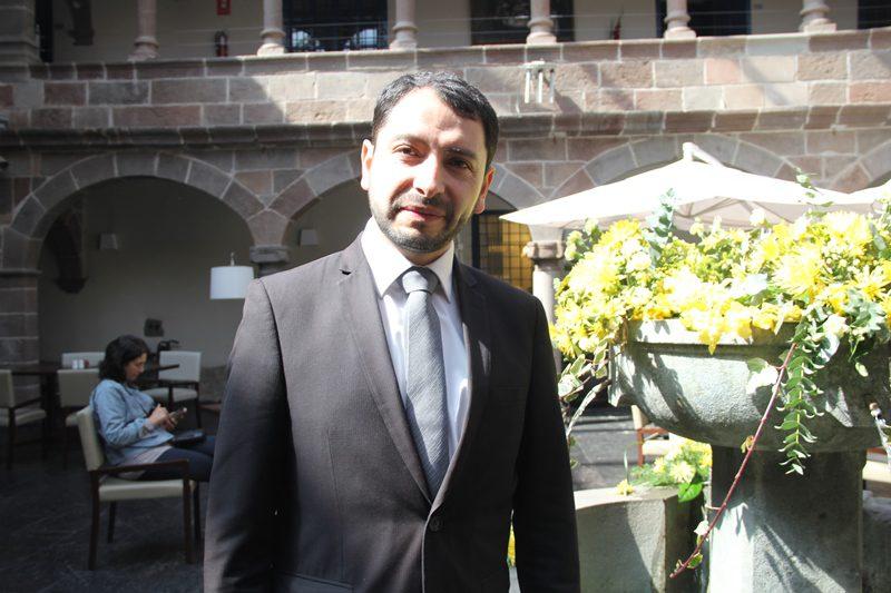 """Victor Astete, gerente geral do Novotel Cusco: """"Momento de agradecimento à mãe-terra, mesmo sendo nós uma empresa corporativa"""""""