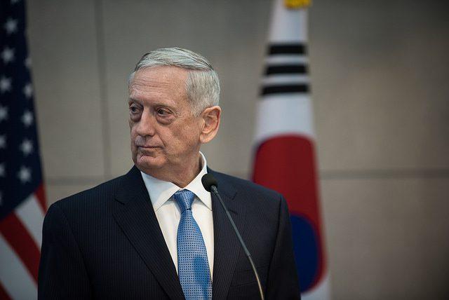 EUA prometem resposta 'esmagadora' à Coreia do Norte