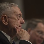 EUA mantêm esforços diplomáticos para lidar com Coreia do Norte, diz secretário de Defesa