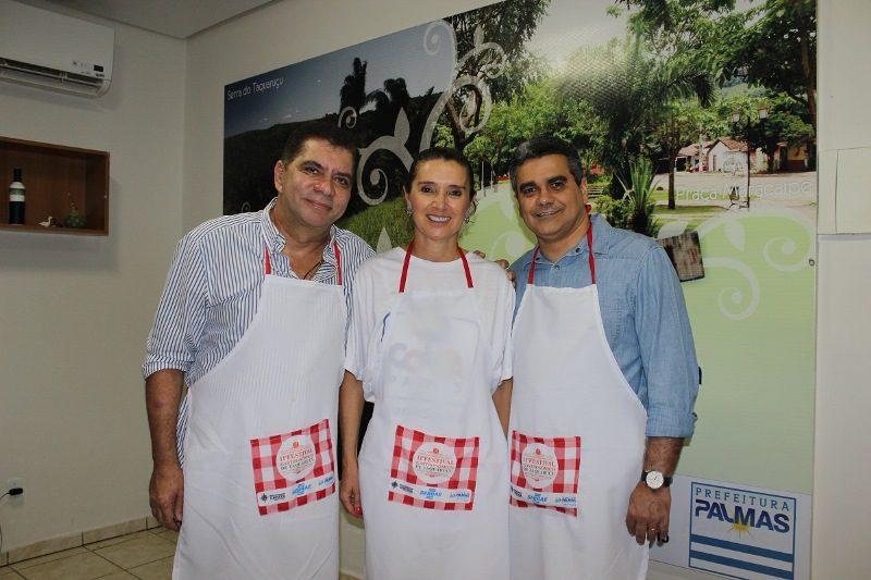 Carlos Amastha ( prefeito de Taquaruçu,) Glô Amastha (primeira dama) e Cristiano Rodrigues (presidente da Agência Municipal de Turismo de Palmas)