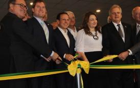 Turismo brasileiro sem burocracia: acordam trade e governo na abertura da ABAV Expo