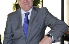 René Hermann: 23 anos de Costa Cruzeiros