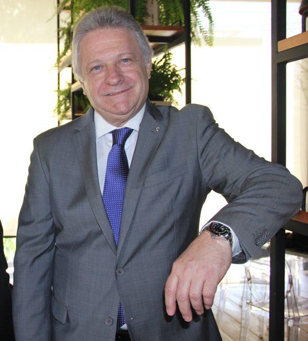 René Hermann: 23 anos de Costa Cruzeiros (RETRO 2017)